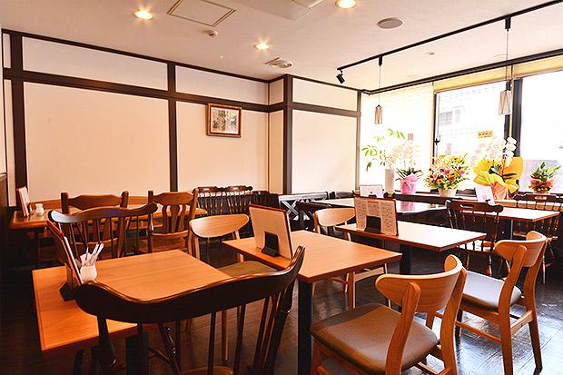 名古屋市緑区有松の「食事と喫茶ユーラシア食堂 さらび」