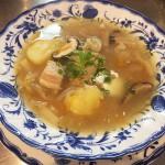 発酵キャベツと豚肉のスープ