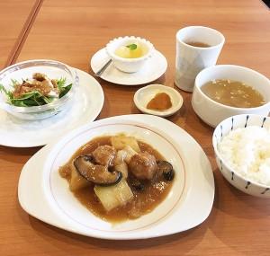 天津冬菜と肉団子、冬瓜の煮込み