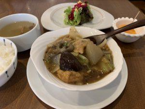 冬の野菜と豚肉の四川芽菜煮込み45B1249C-B7D6-4378-BE39-5A199F0E60F9